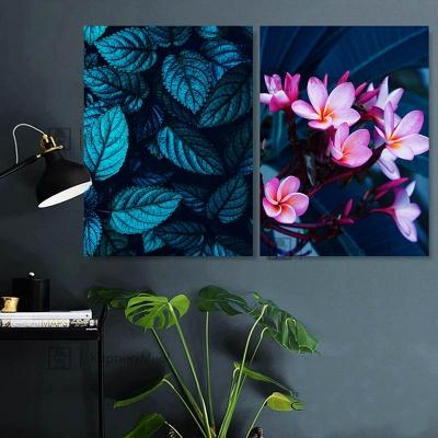 """Картина темно зеленая """"Цветы тропиков"""""""