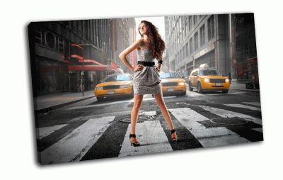 Картина девушка на переходе