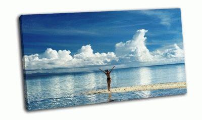 Картина девушка на тропическом пляже