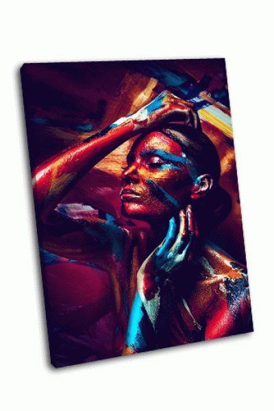 Картина девушка с разноцветными бодиарт