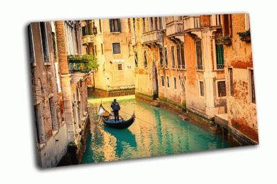 Картина гондолы на канале в венеции