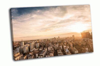Картина город с высокими зданиями