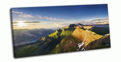 Картина горы в швейцарских альпах на закате