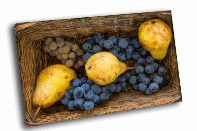 Картина корзина груши и виноград
