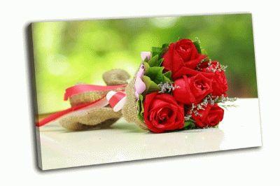 Картина красивый букет из ярко-красных цветов