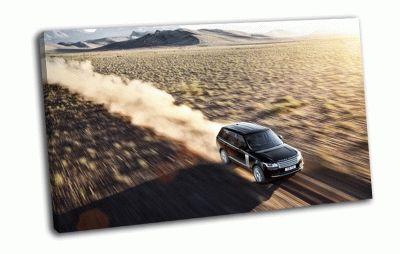 Картина land rover на скорости в пустыне