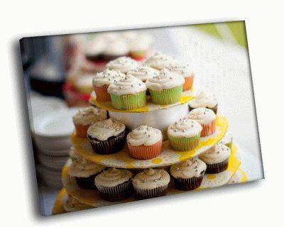 Картина много пирожных
