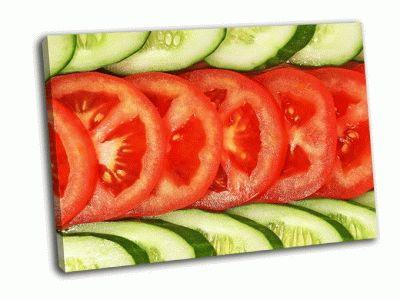 Картина нарезанные огурцы и помидоры