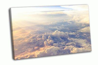 Картина облака и небо из окна самолета