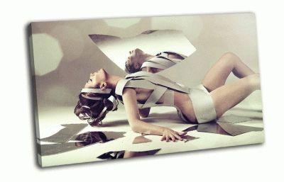 Картина обнаженная девушка с зеркалом