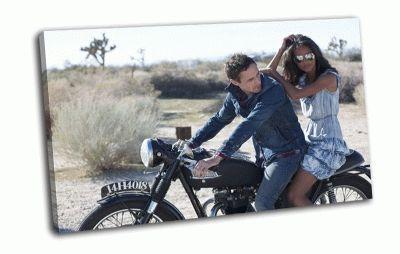 Картина пара на мотоцикле