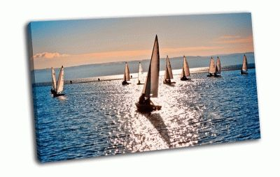 Картина парусники в море