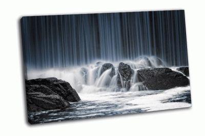Картина поток горной реки
