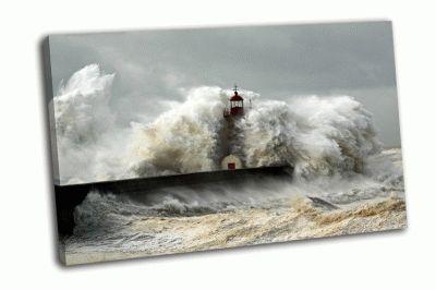 Картина речной порт и большой шторм