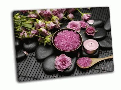 Картина роза с солью в миске и свеча