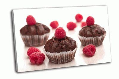 Картина шоколадные кексы с малиной