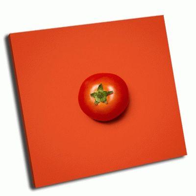 Картина спелый помидор