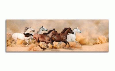 Картина стадо в песчаной буре