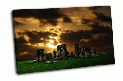 Картина стоунхендж на закате
