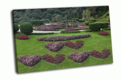 Картина ухоженный цветочный сад