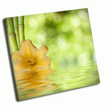 Картина украшение цветочным фоном