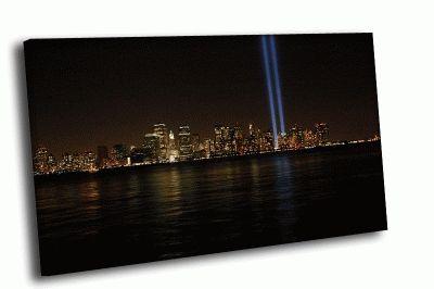 Картина вид на город ночью