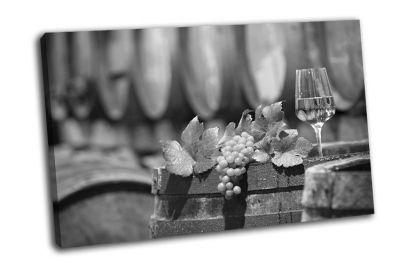 Картина винный виноград в винном погребе