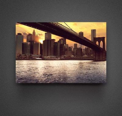 Картина закат над небоскребами, вид из под моста