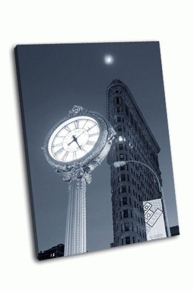 Картина здание ночью