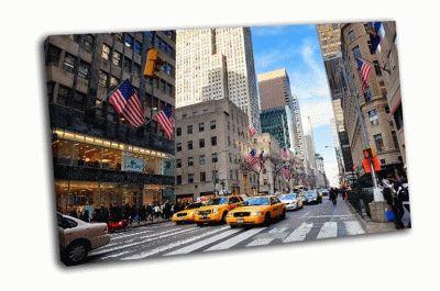 Оживленная улица Нью-Йорка