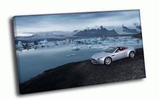 Aston Martin на берегу