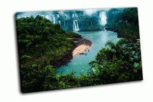 Болшой в мире водопад Игуасу