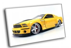 Желтый Mustang