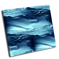 Голубые волны моря