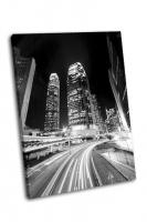 Гонконг ночью в черно-белом