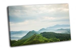 Горы  в тумане города Фучжоу