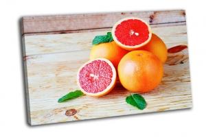 Куча спелых грейпфрутов