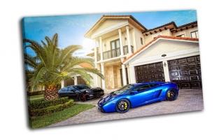 Lamborghini у особняка