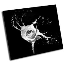 Роза с белыми всполохами на черном фоне