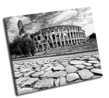 Величественный амфитеатр Колизей