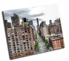 Вид на Авеню в Нью-Йорке