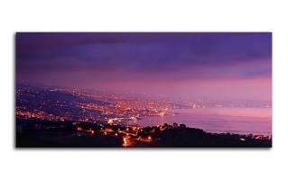 Вид на горы ночного города