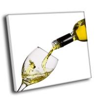 Вино и бокал