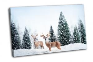 Зимний пейзаж с оленями