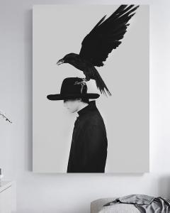 Человек ворона